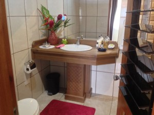 bathrooms-inn-jimenez-BB-01